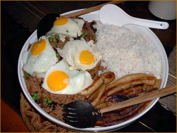 SALGO A ALMORZAR...HOY TOCA ARROZ CON HUEVITO...-http://lacocinadebender.com/wp-content/uploads/2008/03/arroz-cubana-grande.jpg