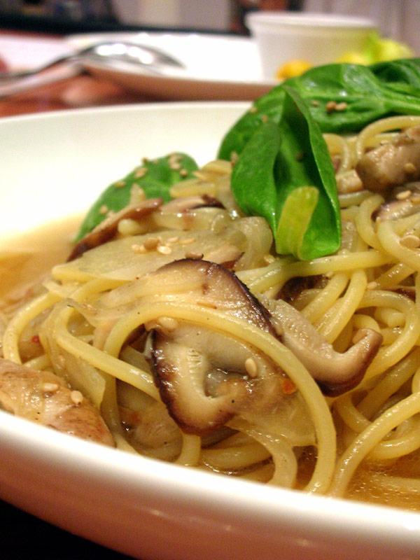 espaguetis-con-champinones-receta