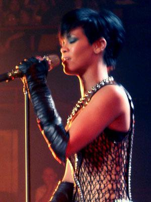 JUEGO  Rihanna