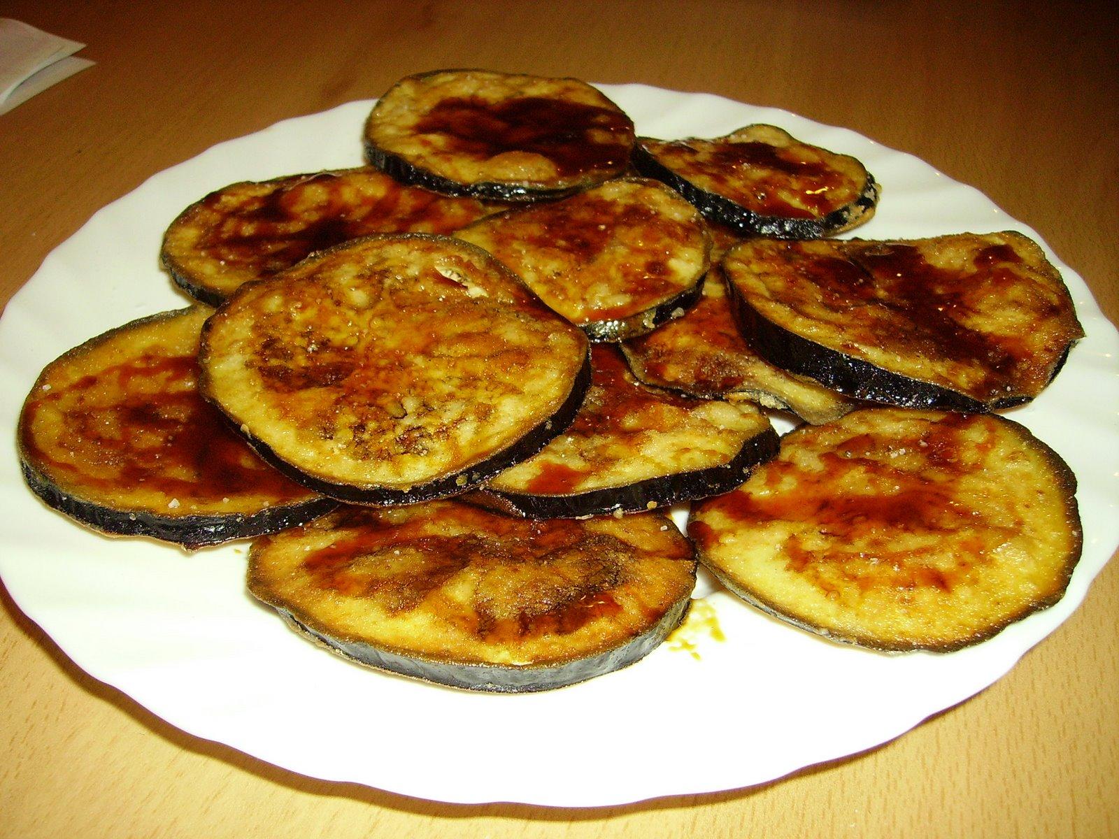 Баклажаны рецепты жареные с чесноком и майонезом рецепт пошагово в