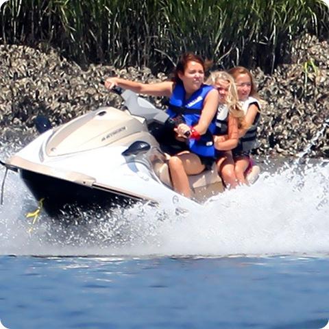 Juego 3- D de motos acuáticas