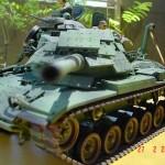 Juego de obstáculos con tanque o cuatro por cuatro