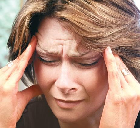 El dolor en el cuello a la vuelta de la cabeza a la derecha el tratamiento