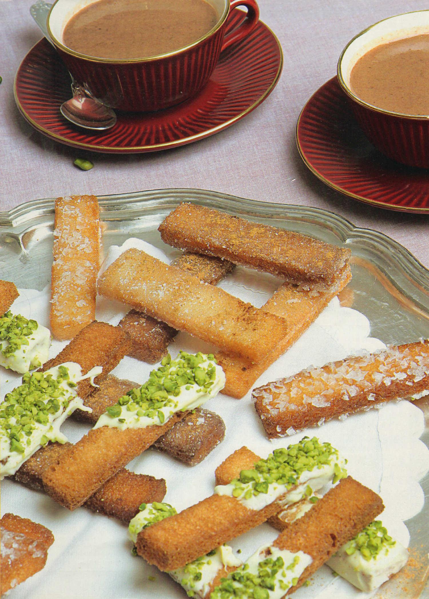 chocolate-a-la-taza-tostones-santa-clara