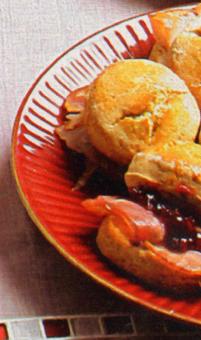 scones-fiambre-faisan-mermelada-frutas-rojas