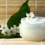 Qué podemos hacer con la crema hidratante caducada?