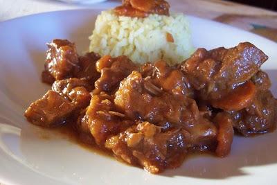 gulash-arroz