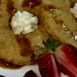 Postre de piña y fresas en vídeo, rápido y sencillo