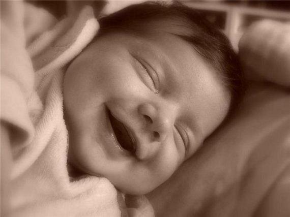 bebe-feliz