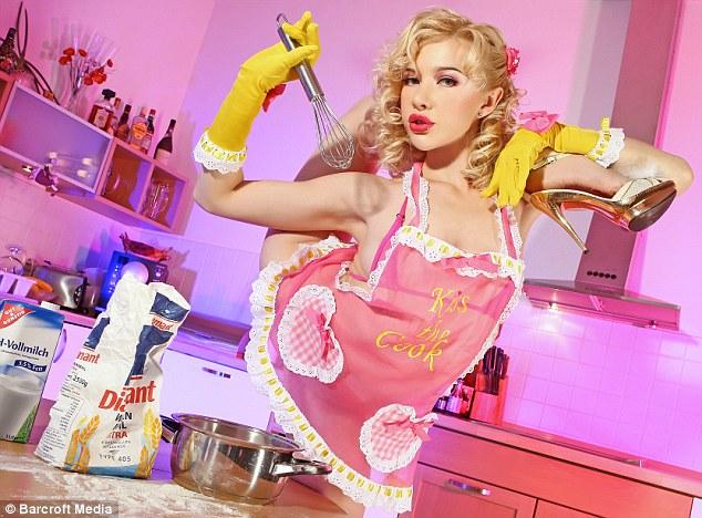 cocinera-postura-imposibre