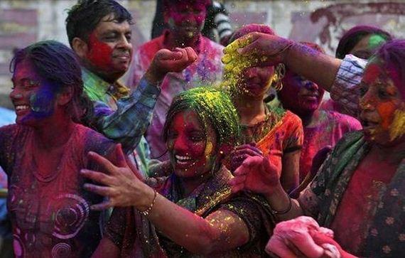 fiesta color