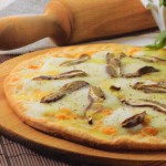 Pizza de boletus y mozzarella