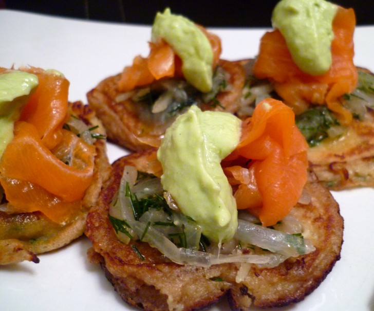 canapes-aguacate-salmon-2