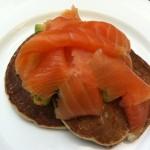Vídeo receta de canapés con Aguacate y Salmón
