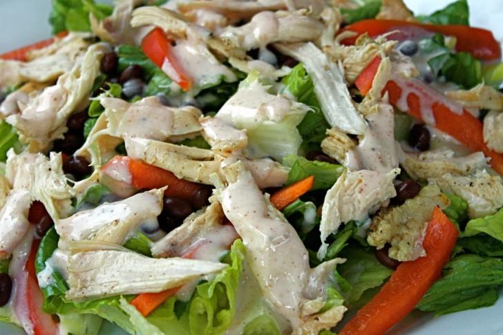ensalada-mexicana-pollo-aguacate-5