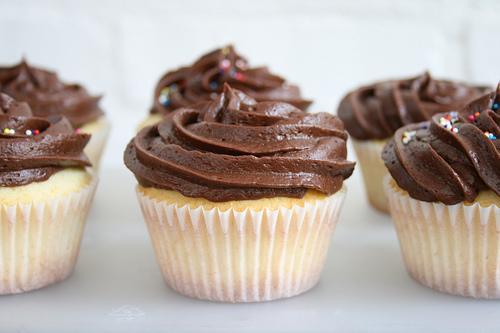 cobertura chocolate cupcakes