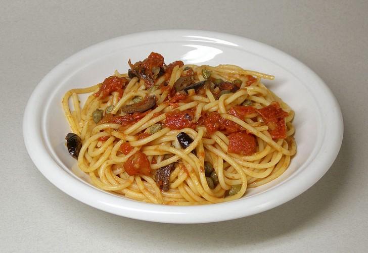 fettuccini-espaguetis-puttanesca-1