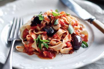 fettuccini-espaguetis-puttanesca-3