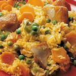 Arroz seco con carne y zanahorias