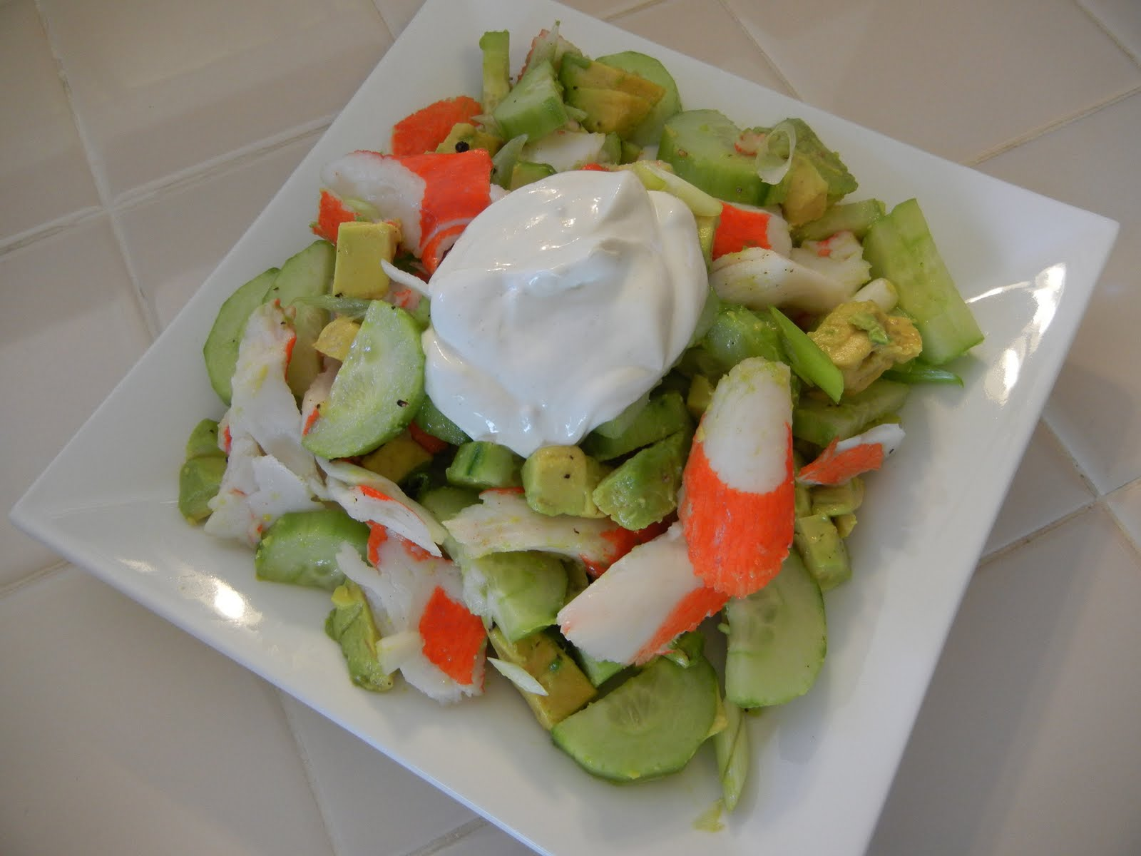 ensalada-laminada-pepino-salsa-yogur
