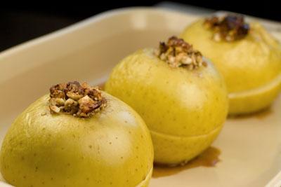 manzanas-rellenas-ensaladilla-tropical