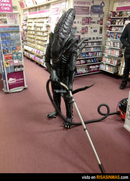 dia-del-alien-trabajador