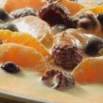 Frutas con sabayón al vino dulce