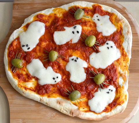 pizza-fantasma-fiestas-terrorificas