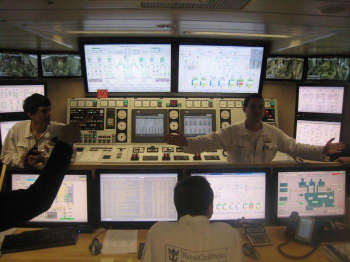imagenes-funcionamiento-interno-barco-trasatlantico-27