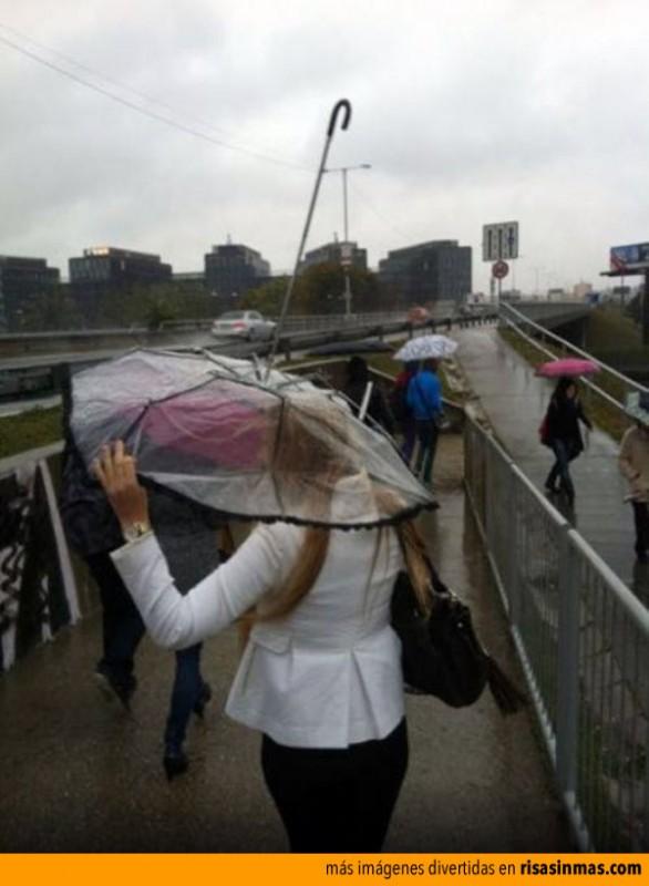 usando-un-paraguas