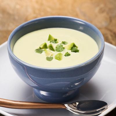 sopa-gazpacho-aguacate