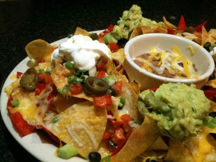 salsa-queso-nachos-combinados