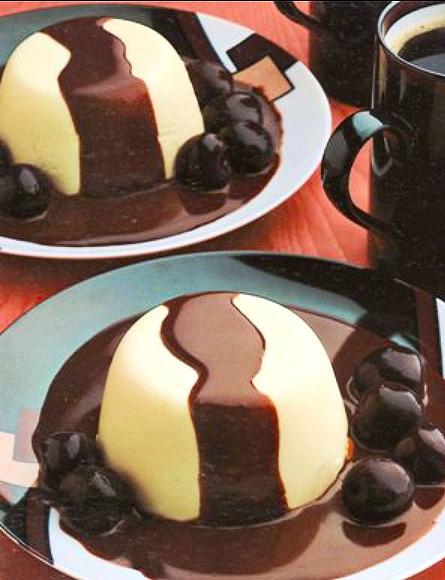 bavaroise-platano-salsa-chocolate