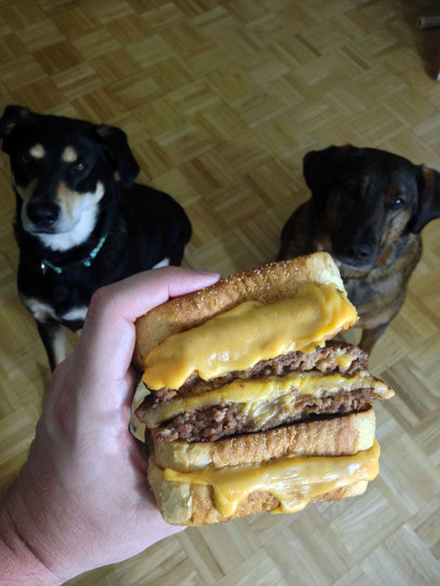 trucos-comidas-hanburguesa doble