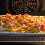 Patatas fritas con bacon de pavo y queso