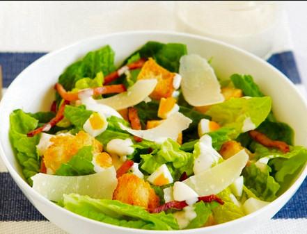 receta-sencilla-ensalada-cesar