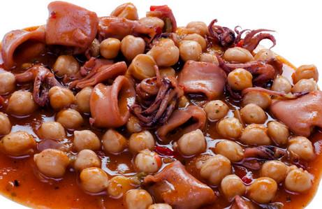 receta-garbanzo-calamares