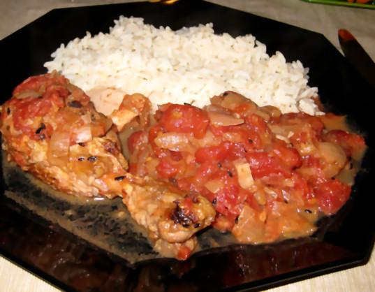 receta-muslo-pollo-tomate-picante