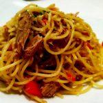 Receta casera de espaguetis con atún