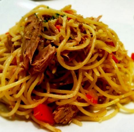 casera-espaguetis-atun