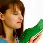 Vídeo trucos caseros de como quitar el mal olor a los zapatos
