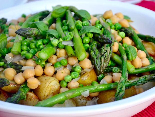 ensalada-legumbres-esparragos