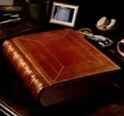 halloween-juego-libro-rojo