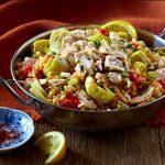 Paella de atún con verduras